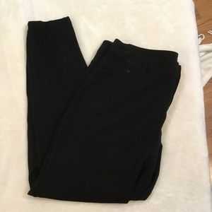 Maurices large black skinny leggings w/pockets